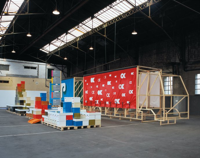 Festival de L'affiche de Chaumont – The/Le Garage (with Paul Elliman), 2004 (Exhibition), image 3