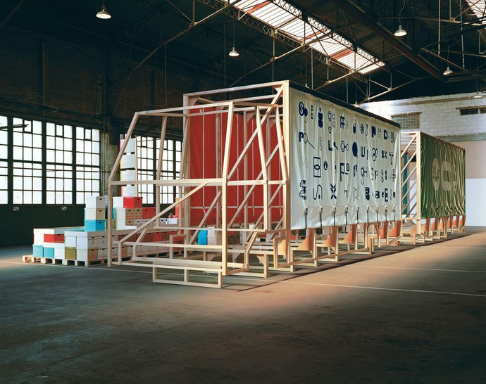 Festival de L'affiche de Chaumont – The/Le Garage (with Paul Elliman), 2004 (Exhibition), image 7