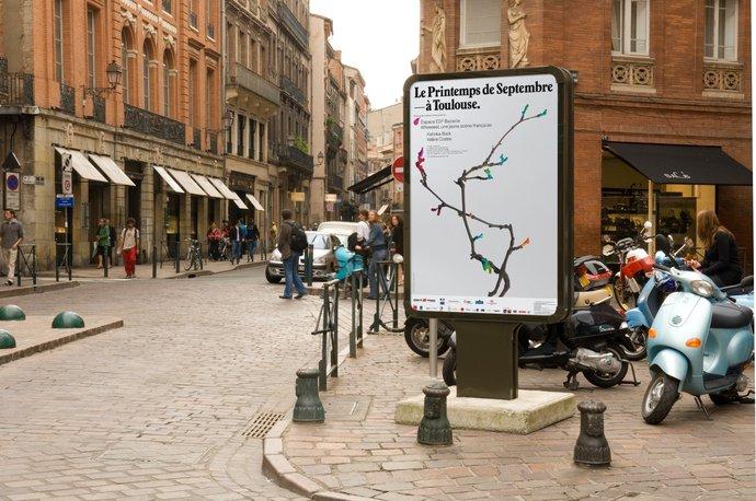 Le Printemps de Septembre à Toulouse – Identity, 2007, image 1