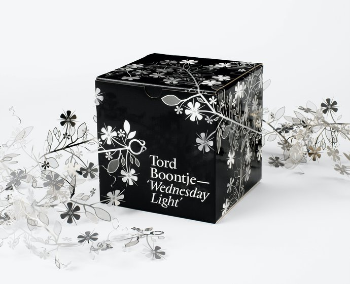 Tord Boontje – Wednesday Light, 2002 (Packaging), image 1