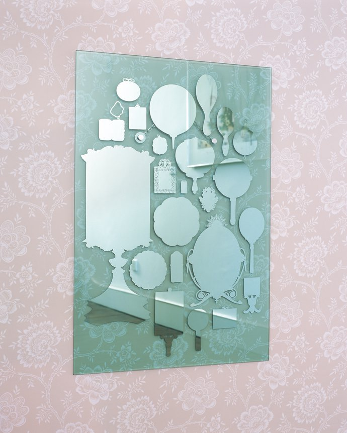 V&A – The Mirror Mirror, 2006 (Product), image 1
